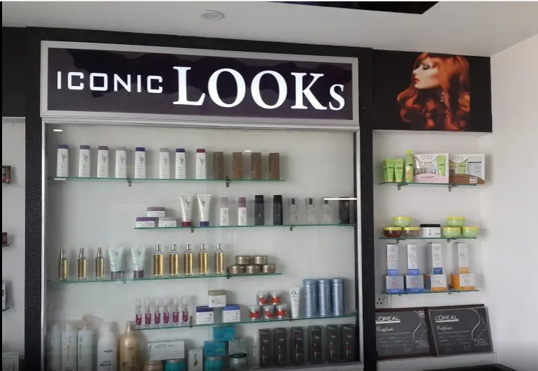 Iconic Looks Salon