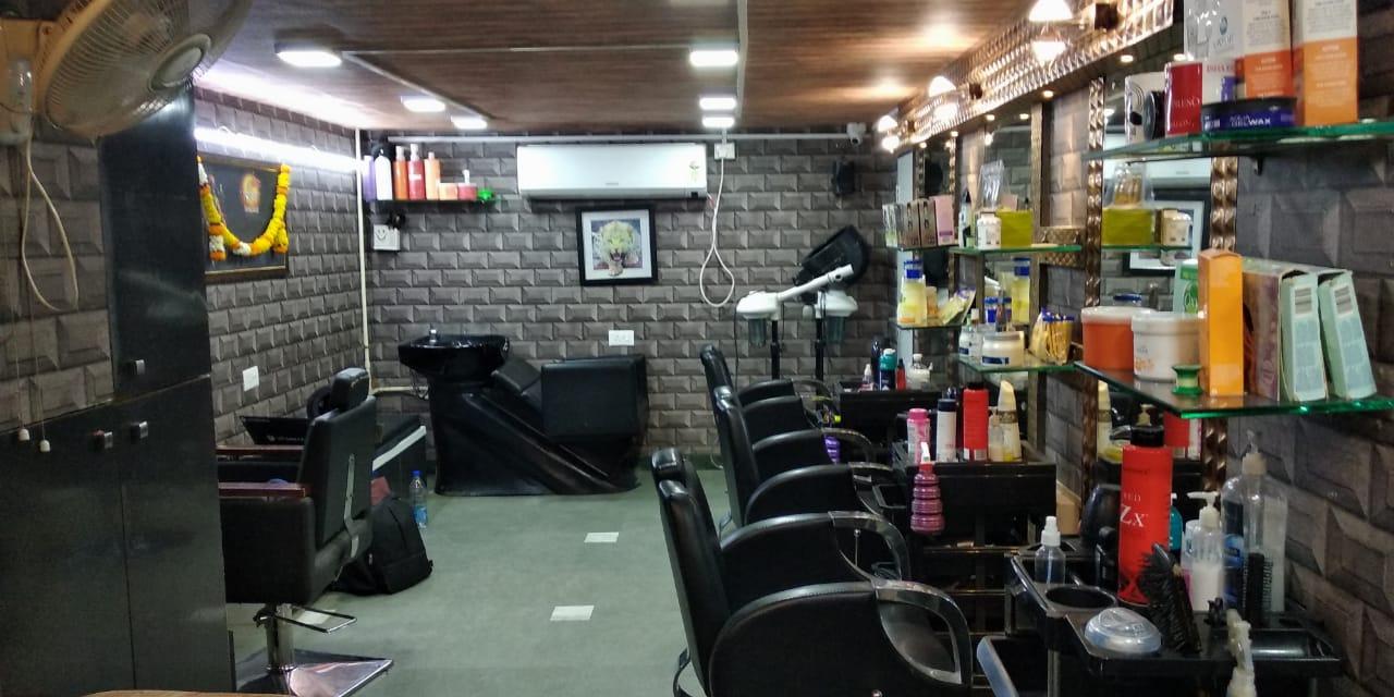 K K Unisex Salon