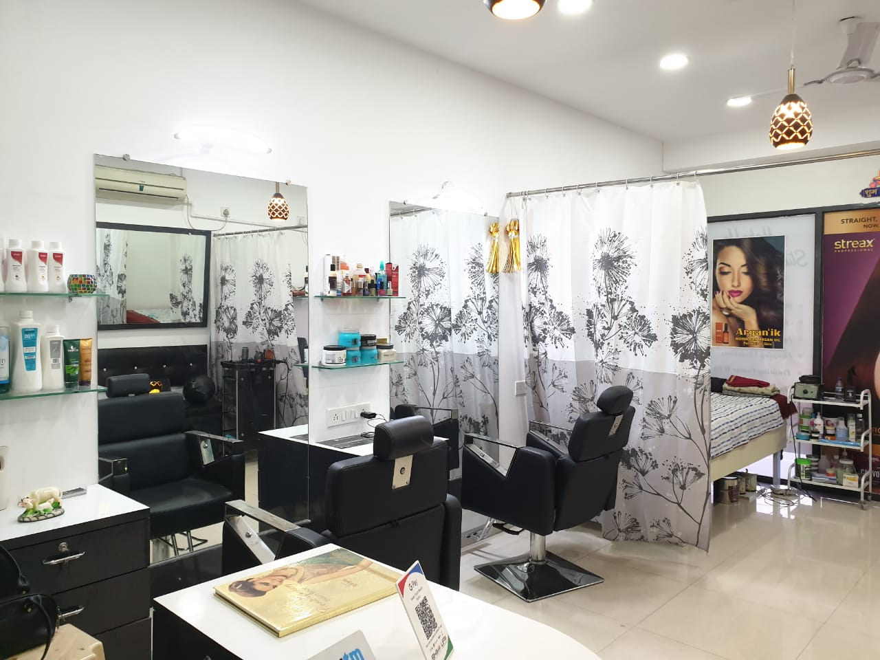 Sweet Touch Beauty Parlour