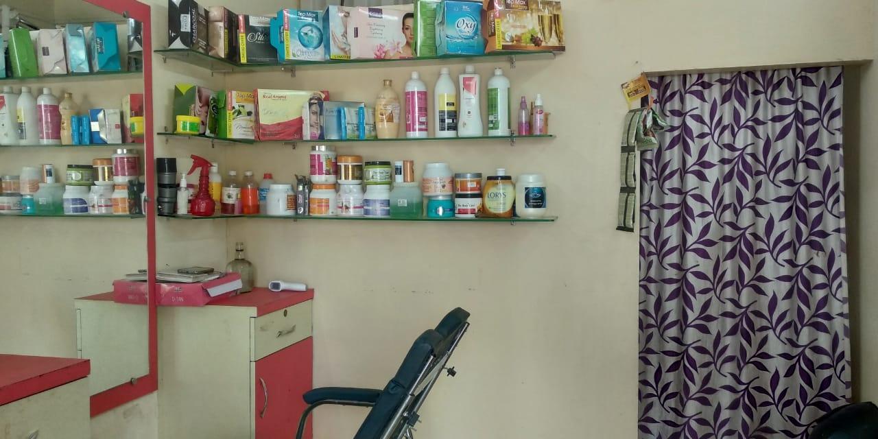 Stuti's Beauty Parlour & Spa