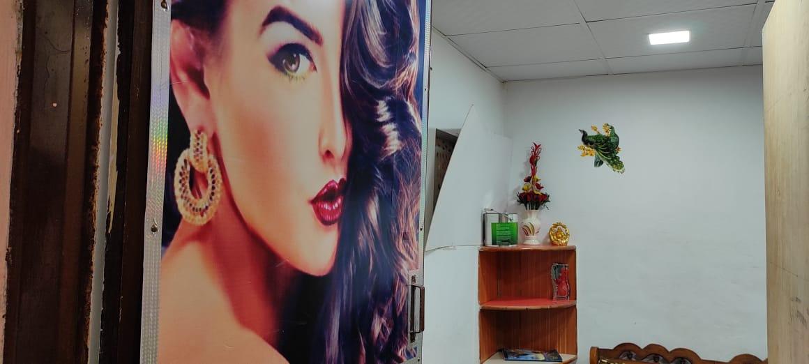 Supreme Beauty Salon